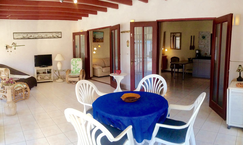 Woonkamer - Vakantiehuis Aruba