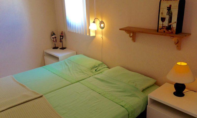 Slaapkamer 2 met airco - Vakantiehuis Aruba